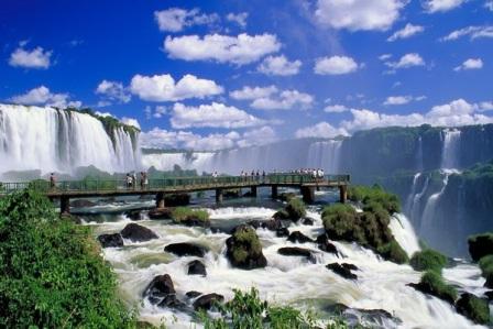 Бразилия: водопады Игуасу высыхают