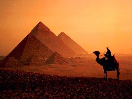 Россия: Ростуризм не рекомендует туристам покидать курортные зоны Египта